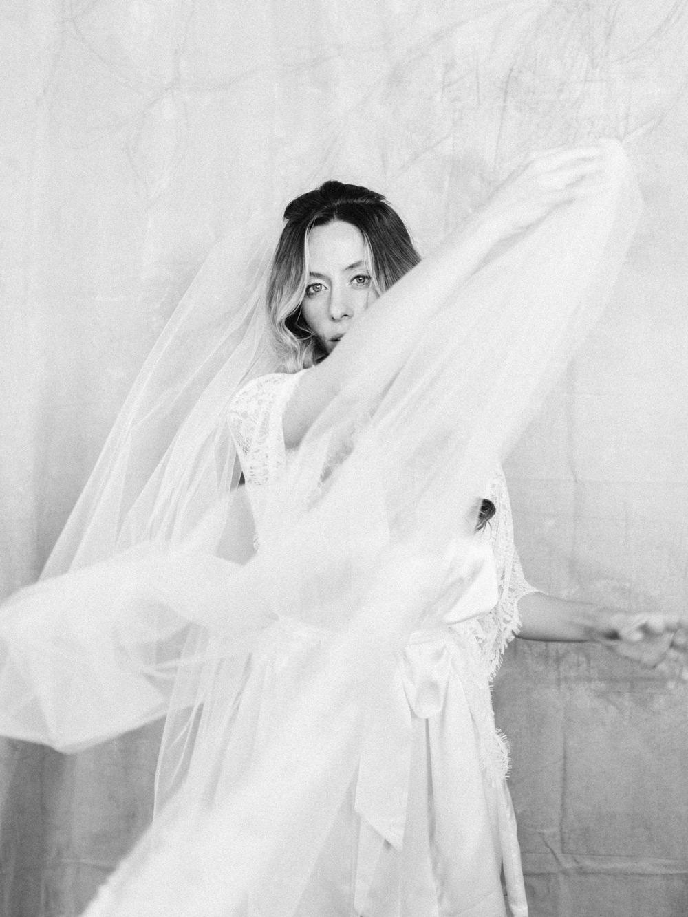 intimate french destination wedding inspiration in detroit