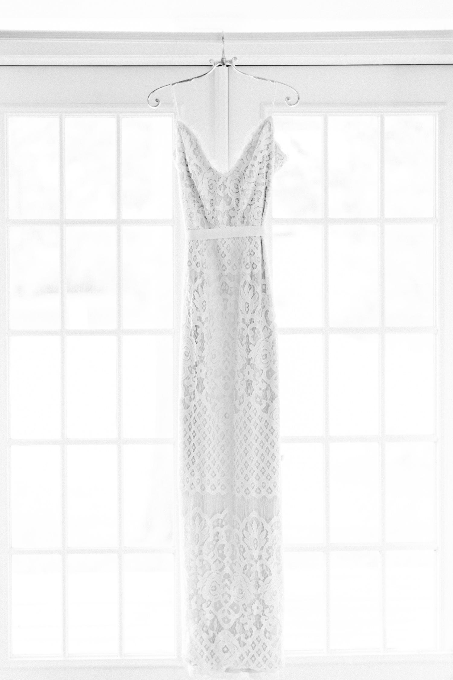 A relaxed BHLDN wedding dress for a Michigan bride's wedding